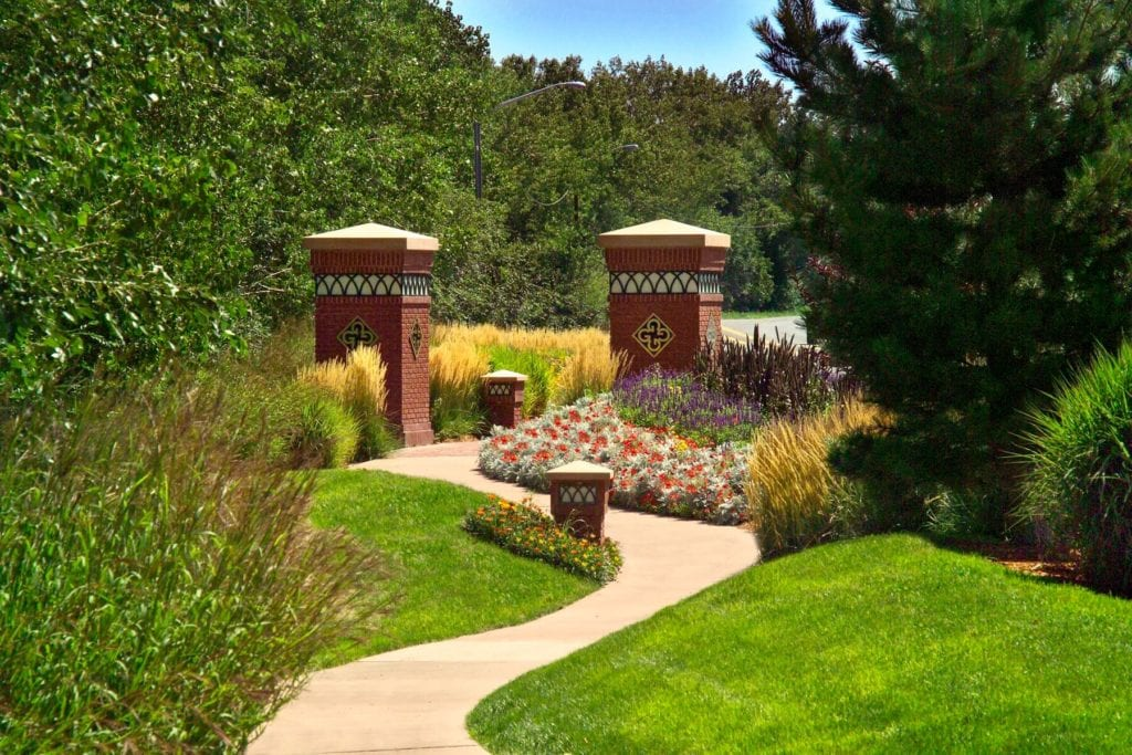 Commercial Lawn Maintenance in Parker, CO